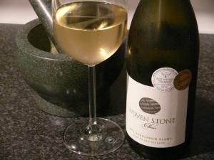 Woven Stone Sauv Blanc 2011