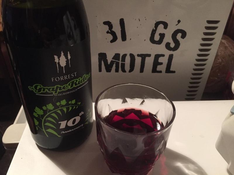 Forrest 100 Virgins Pinot Noir 2013