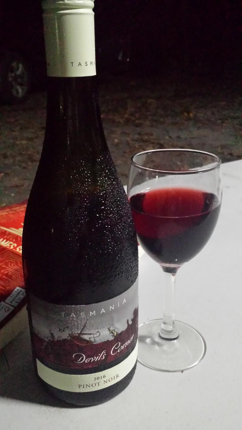 Oz - Devils Corner Pinot Noir